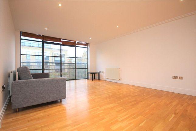 Thumbnail Flat to rent in Ferry Lane, Brentford