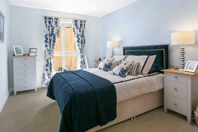 2 bedroom flat for sale in 14 Churchfield Road, Walton On Thames, Walton-On-Thames