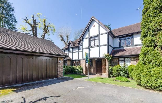 Thumbnail Detached house to rent in Nightingale Close, Eastcote, Pinner