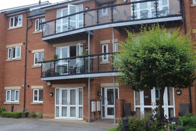 Thumbnail Flat for sale in Thomas Moore Court, Priory Avenue, Taunton, Somerset