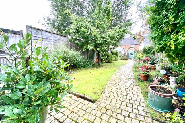 Thumbnail Terraced house for sale in Victoria Terrace, Calne