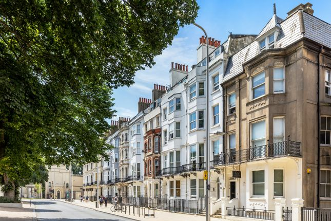 1 bed flat for sale in Marlborough Place, Brighton BN1