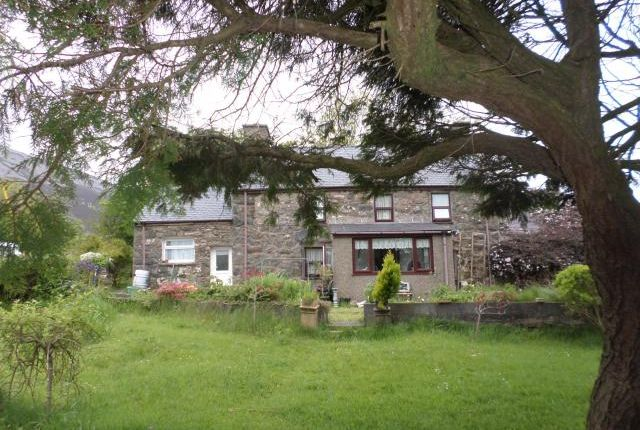 Thumbnail Detached house for sale in Ty Lon Las, Llanellhearn