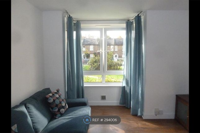 Thumbnail Flat to rent in Hassendean Road, London