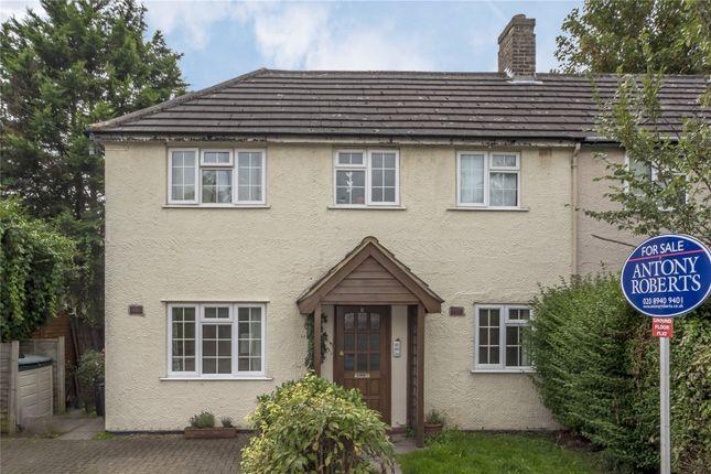 Thumbnail Flat to rent in Burdett Road, Kew, Surrey