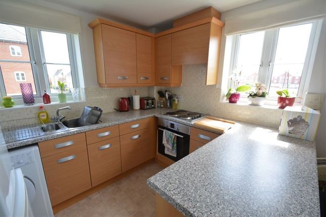 2 bed flat to rent in The Pollards, Elsea Park, Peterborough