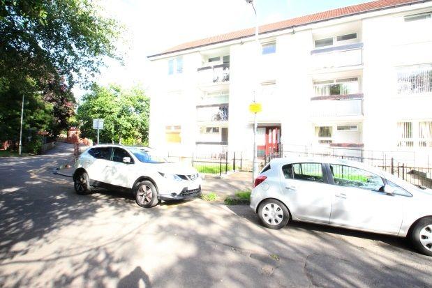2 bed flat to rent in Tarfside Gardens, Glasgow
