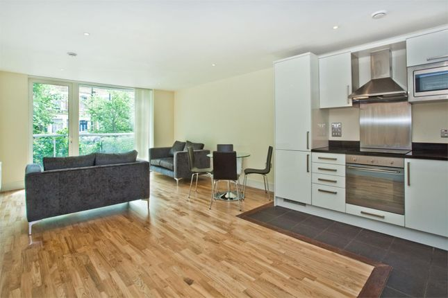 Thumbnail Property for sale in Drayton Park, Islington, London