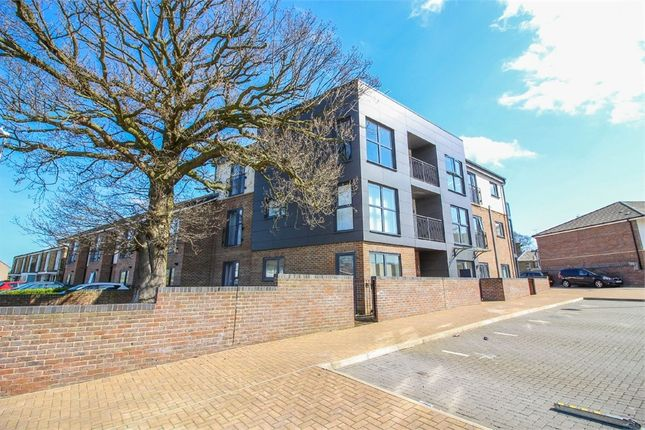 Thumbnail Flat for sale in Clifton Hatch, Harlow, Essex