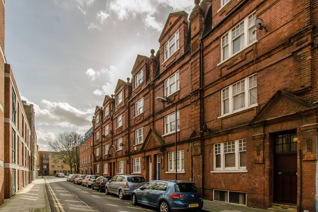 Thumbnail Property for sale in Casson Street, Shoreditch