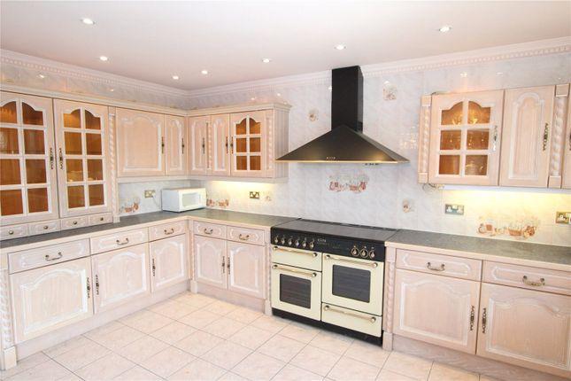Kitchen of Swingate Lane, Plumstead SE18