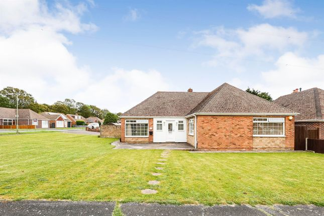 4 bed detached bungalow for sale in The Spinney, Fareham PO16