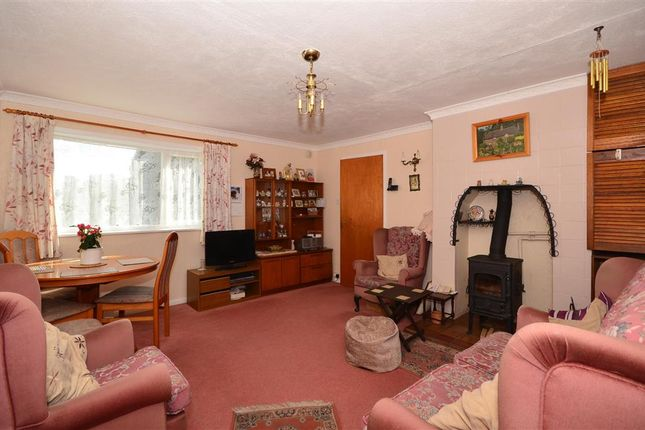 3 bedroom bungalow for sale in Agester Lane, Walderchain, Denton, Canterbury, Kent