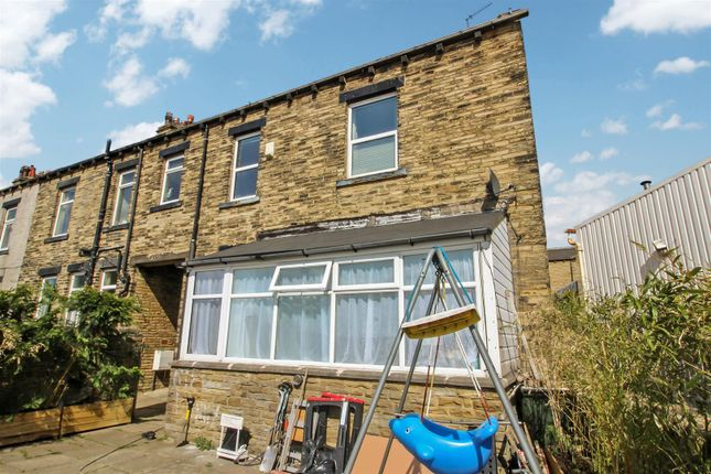 Thumbnail End terrace house for sale in Stanacre Place, Bradford
