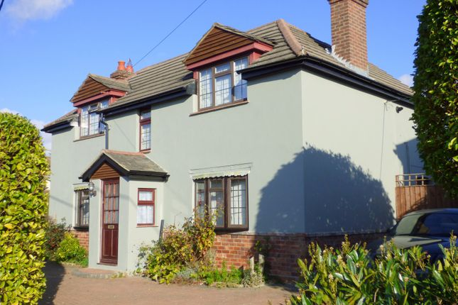 Thumbnail Cottage to rent in Manor Road, New Milton