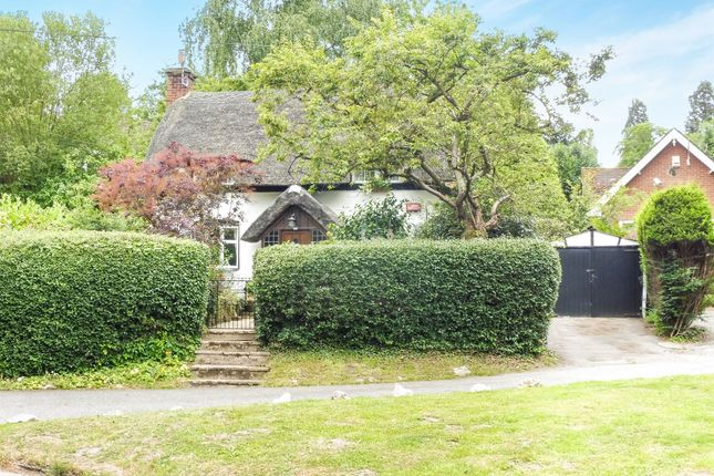 Thumbnail Detached house for sale in Hardwick Road, Woburn Sands, Milton Keynes