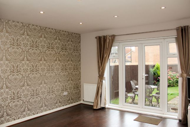 Thumbnail Triplex to rent in Daly Drive, Bickley/Chislehurst