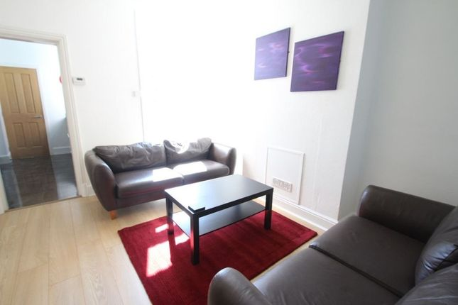 Thumbnail Property to rent in Cecilia Road, Leicester