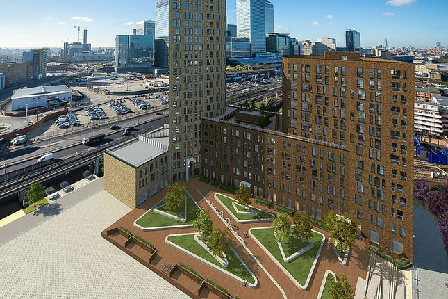 Thumbnail Flat for sale in Manhattan Plaza, Canary Wharf