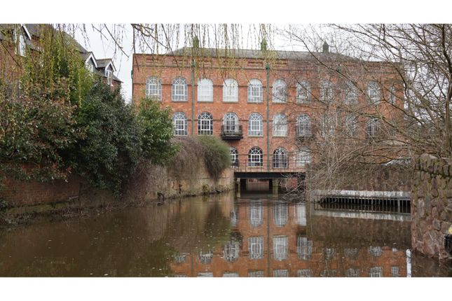 Thumbnail Flat for sale in Weavers Close, Quorn