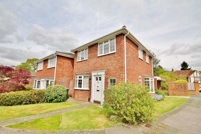 Thumbnail Detached house for sale in Pantiles Close, Woking