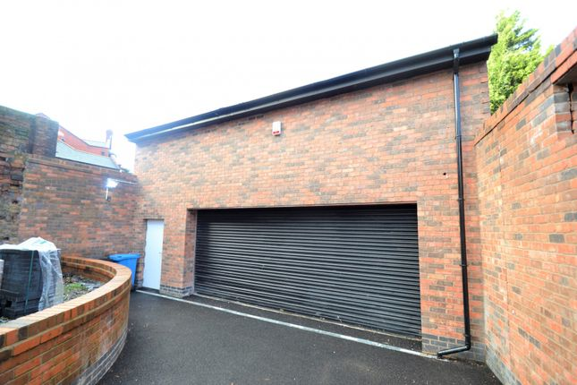 Thumbnail Property to rent in Lugsdale Road, Widnes, Cheshire