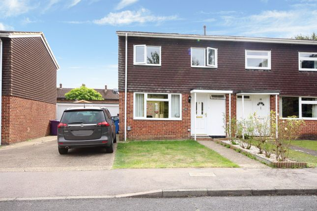 Thumbnail Semi-detached house for sale in Romany Close, Letchworth Garden City