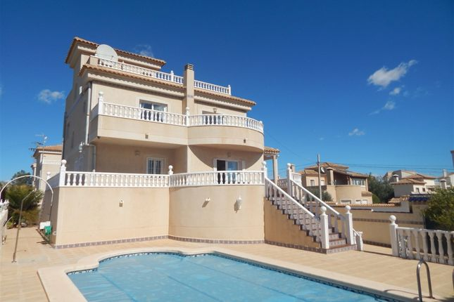 Thumbnail Villa for sale in Calle Marbella, 57, 03503 Benidorm, Alicante, Spain