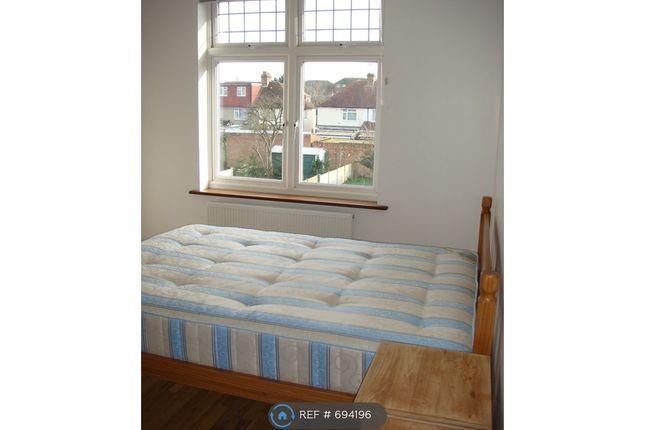 Double Bedroom 3 of Taunton Avenue, Hounslow TW3