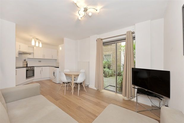 Thumbnail Property to rent in Shavers Place, London
