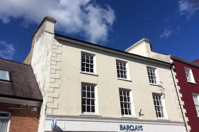 Thumbnail Flat for sale in Market Square, Llandovery
