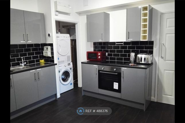 Thumbnail Room to rent in Manor House Street, Peterborough