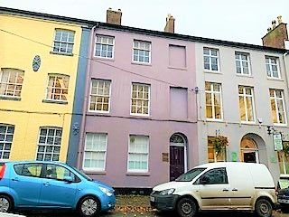 Office to let in 2nd Floor, 23 Marsh Parade, Newcastle-Under-Lyme, Staffordshire