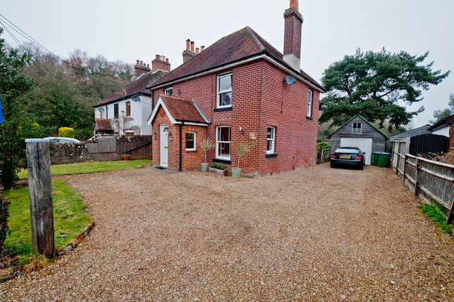Thumbnail Cottage for sale in Funtley Village, Fareham, Hampshire