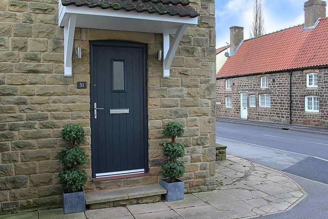High street spofforth harrogate hg3 3 bedroom semi for Perfect kitchen harrogate
