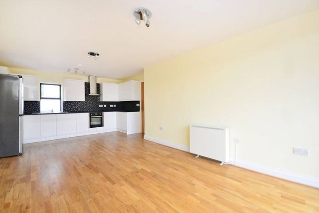 1 bed flat to rent in Rye Lane, Peckham