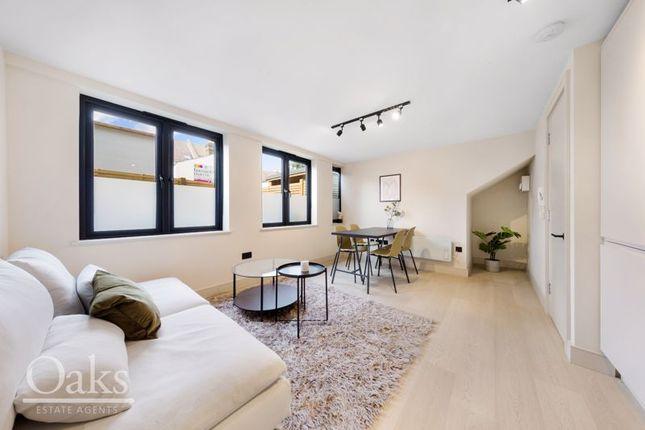 1 bed flat for sale in Woodside Green, Woodside, Croydon SE25