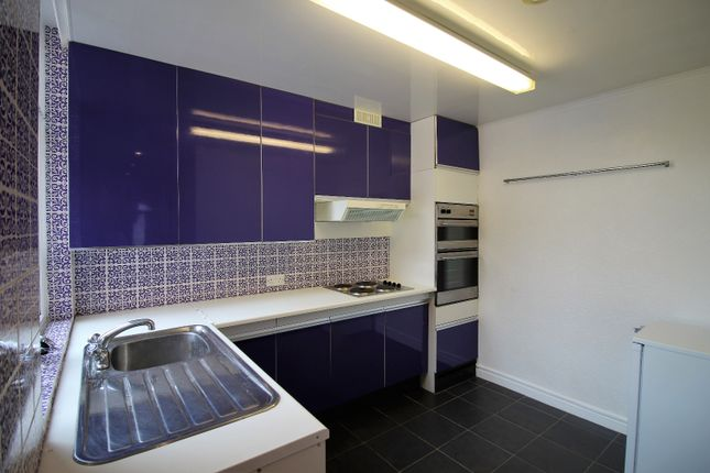Thumbnail Flat to rent in Coniston Road, Blackpool