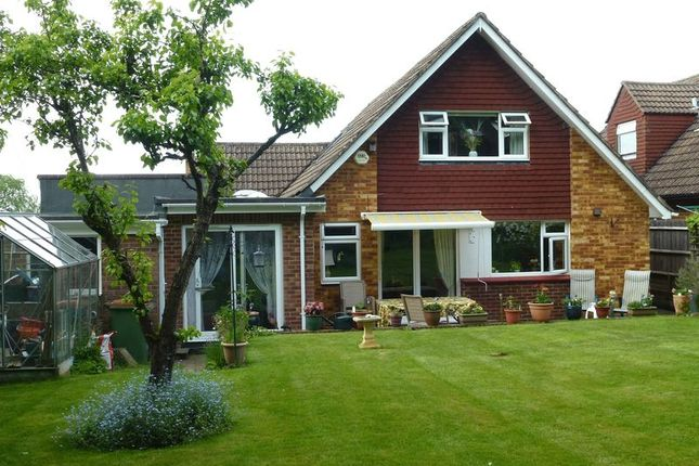 4 bed detached house for sale in Barn Meadow Lane, Bookham, Leatherhead