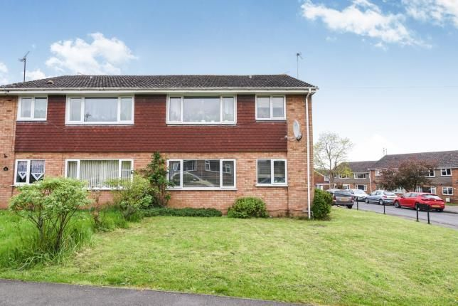 Thumbnail Flat for sale in Harvey Road, Evesham, Worcestershire