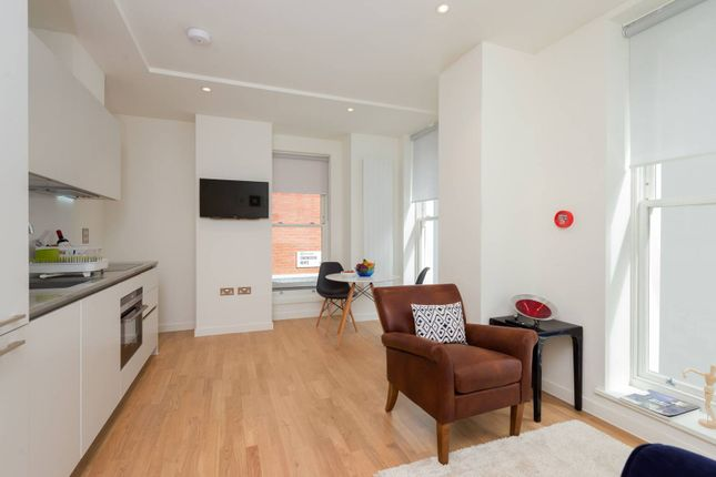 Thumbnail Flat to rent in Star Yard, Holborn