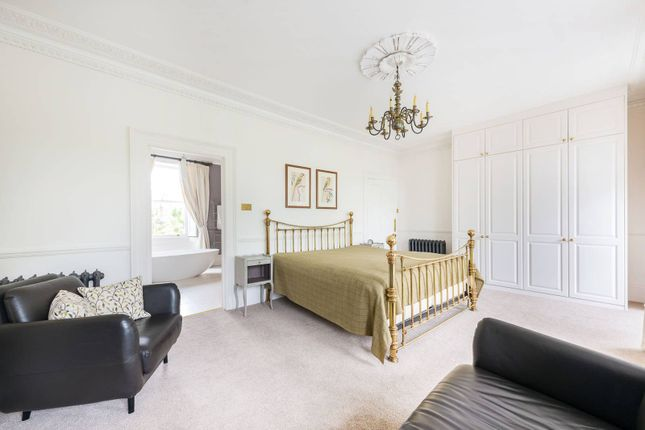 Thumbnail Terraced house to rent in St Peters Square, Ravenscourt Park