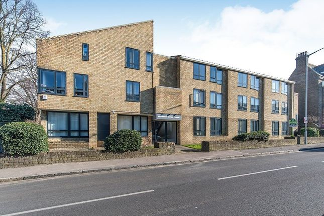 3 bed flat to rent in Newton Road, Faversham ME13 - Zoopla