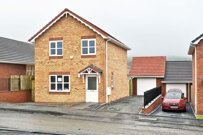 Thumbnail Detached house for sale in Plot 2 (Po 40) Dolydd Pentrosfa, Llandrindod Wells