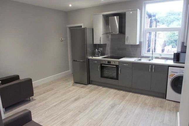 Thumbnail Flat to rent in 391 Ecclesall Road, Sheffield