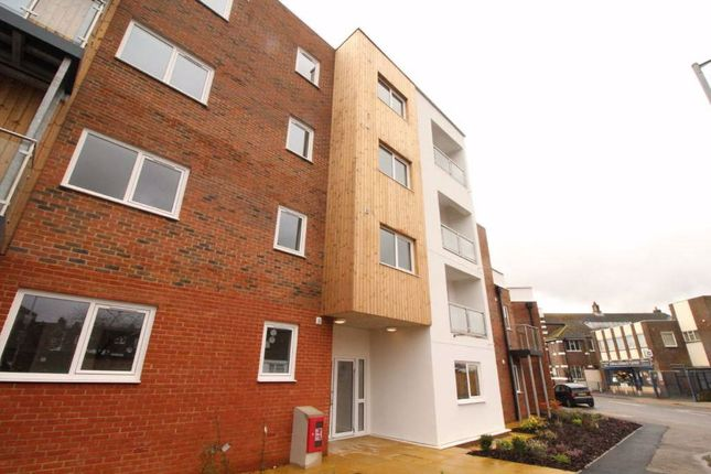 Flat to rent in Dudley Street, Luton