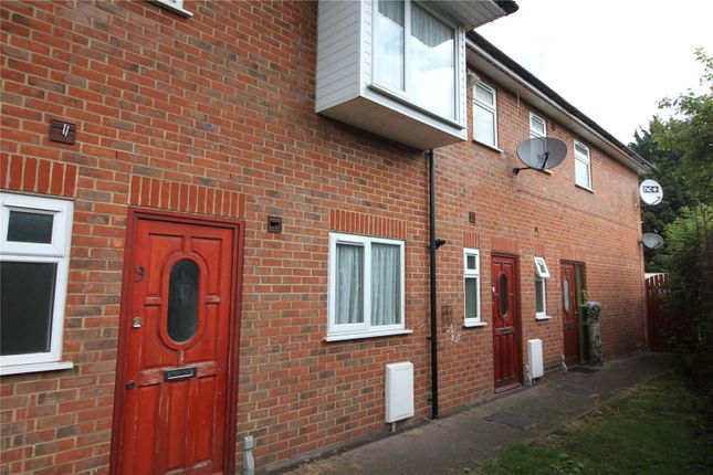 Picture No. 01 of Parkwoods, Rochester Road, Gravesend, Kent DA12
