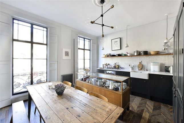 2 bed flat for sale in Chadwell Street, Clerkenwell