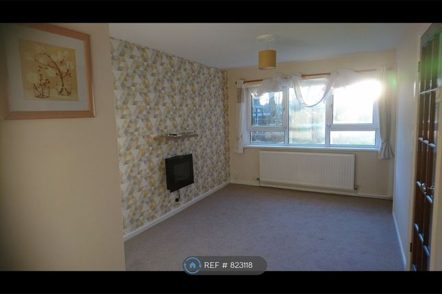 Thumbnail Flat to rent in Hollin House, Middleton