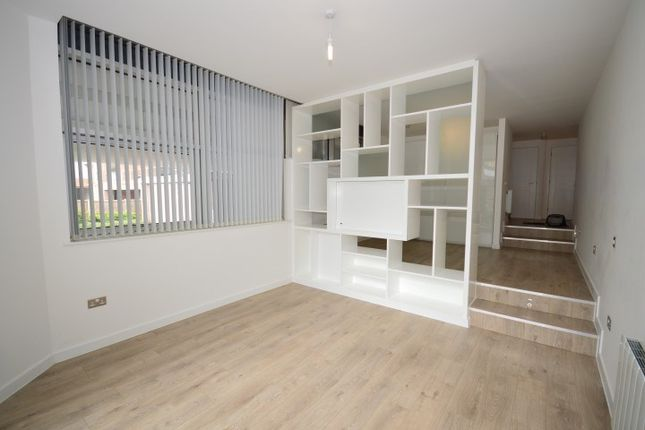 1 bed flat to rent in Springfield Road, Chelmsford
